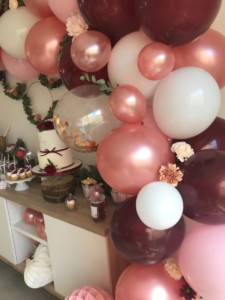 Guirlande de ballons - décoration - baby shower- organisatrice