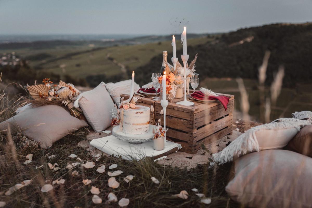 wedding-cake-pour-elopement-nature