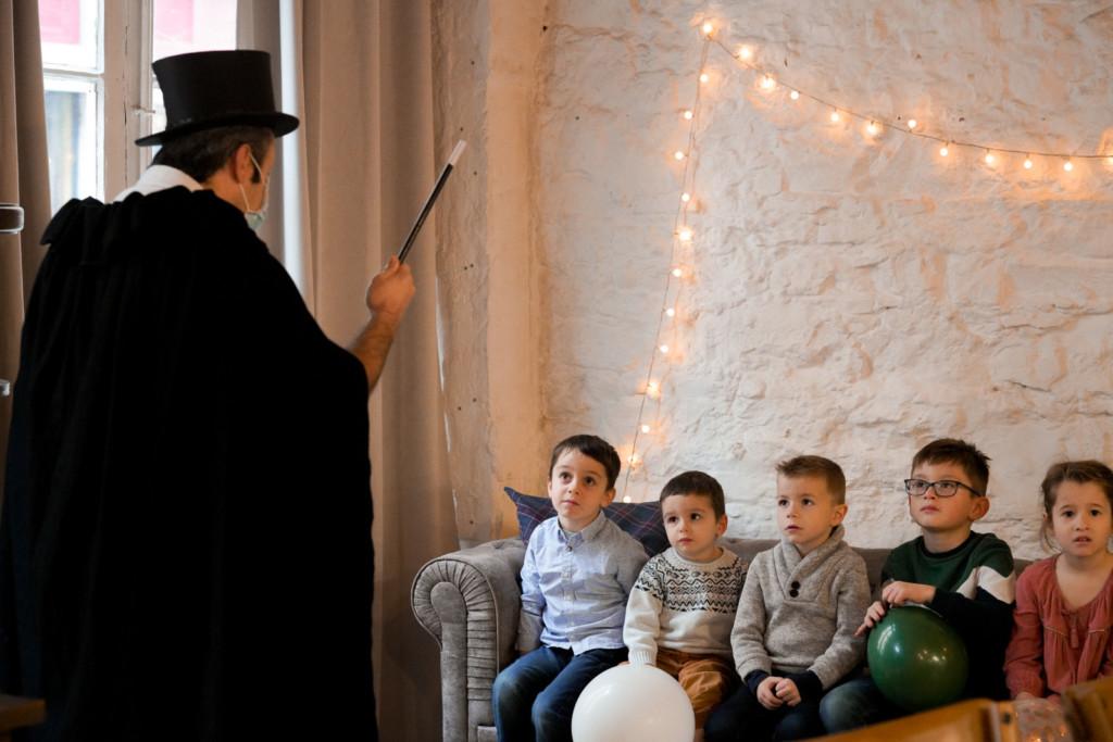 Tour-de-magie-enfants