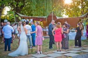mariage-dans-son-jardin